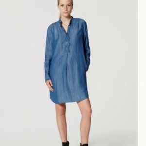 Loft Chambray denim dress 🍁